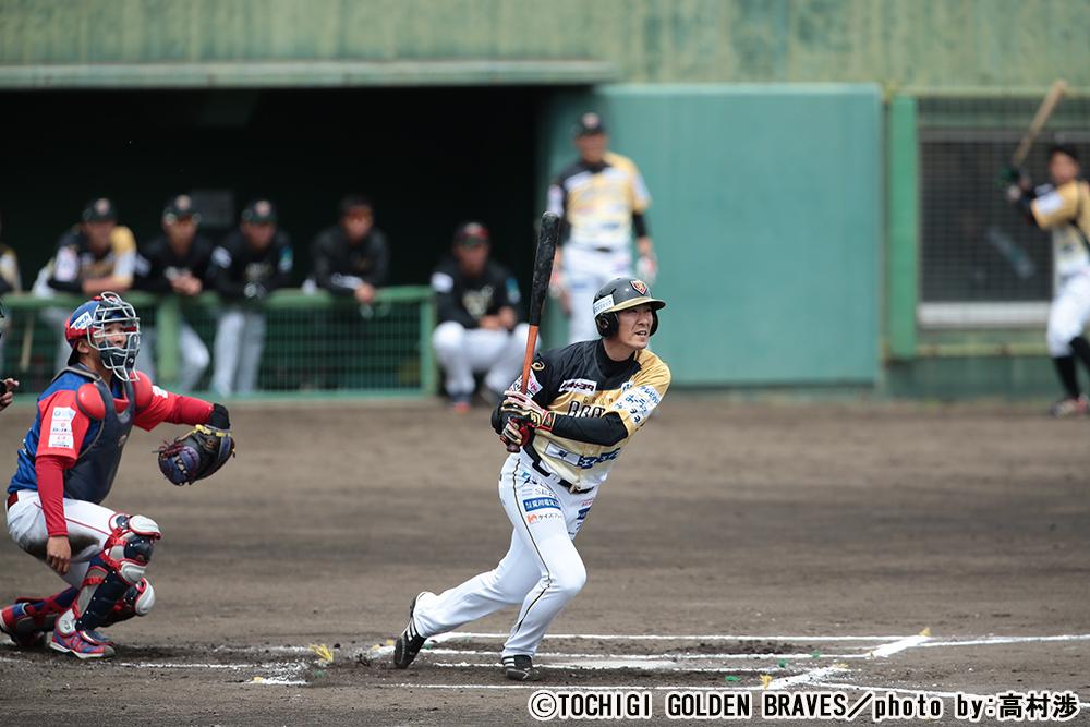 ゴールデン ブレーブス 栃木 西岡剛の現在 MLB挑戦失敗と独立リーグ年俸